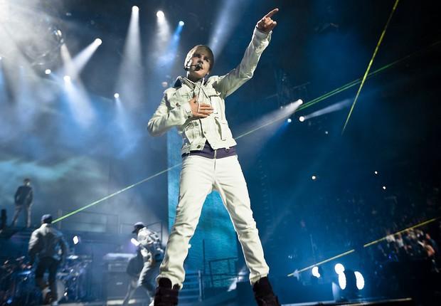 Nhìn lại 10 năm ca hát là hiểu vì sao Justin Bieber quyết định lấy vợ ở tuổi 25, chẳng cần hát hò gì nữa vẫn đủ sung sướng cả đời - Ảnh 6.