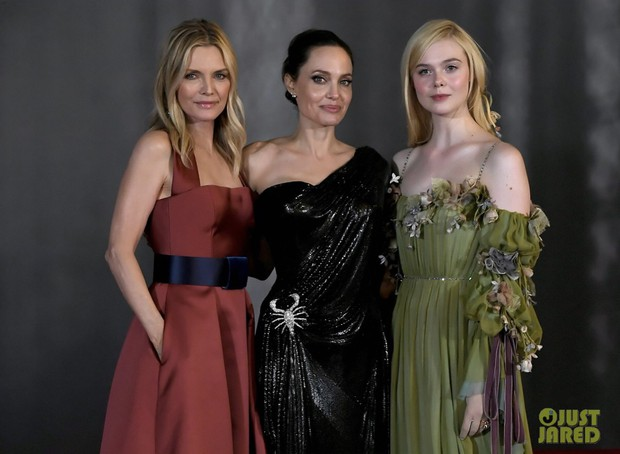 Phát sốt thảm đỏ Maleficent 2: 5 người con lớn phổng phao bên Angelina Jolie, Elle Fanning lộng lẫy như công chúa - Ảnh 10.