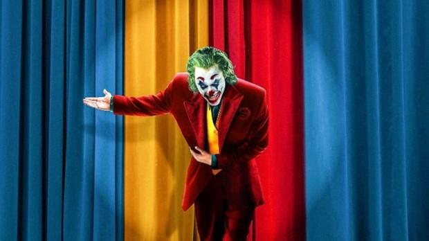 MXH Việt phát cuồng sau suất chiếu đầu tiên của Joker: Tuyệt phẩm từ hình ảnh đến âm thanh, Joaquin là gã hề xuất sắc nhất lịch sử! - Ảnh 1.