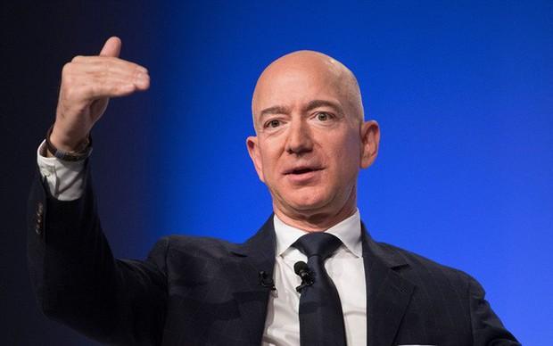 Top 10 tỉ phú công nghệ giàu nhất hành tinh nhiều tiền đến mức nào? - Ảnh 1.
