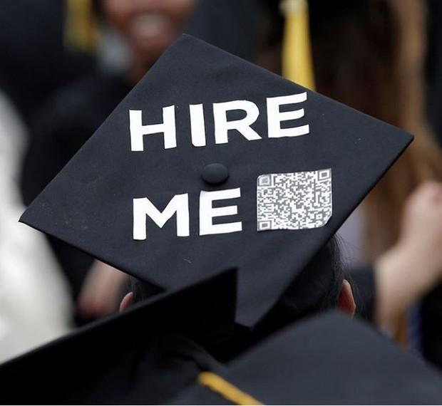 Học Đại học ngày càng mất giá, bằng cử nhân không còn được coi trọng nhiều và đây là lý do - Ảnh 1.