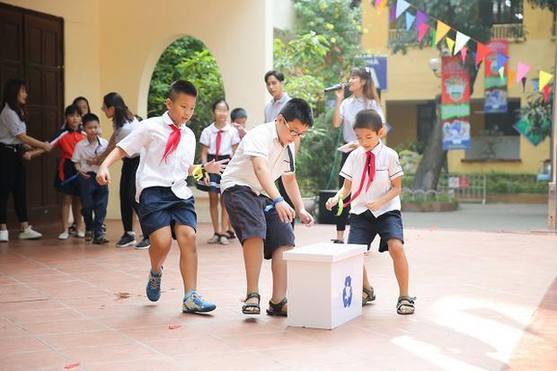 Hơn 9.000 học sinh Hà Nội bắt đầu thói quen phân loại rác tại nguồn - Ảnh 5.