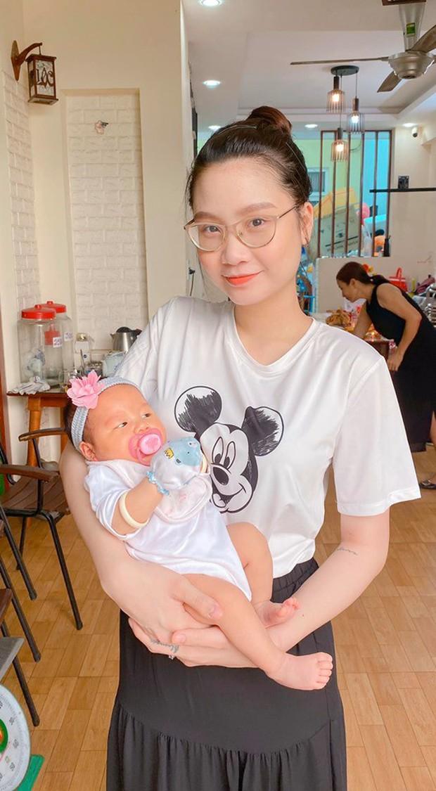 Thảm họa mua hàng online không chừa một ai: Đặt mua khăn màu xám đám mây, hot mom triệu followers Thanh Trần nhận ngay hồng mộng mơ - Ảnh 4.