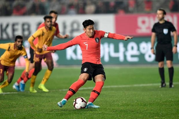 Bóng đá châu Á tối 10/10: Các đội mạnh chiến thắng với tỷ số kinh hoàng, Thái Lan tiu nghỉu vì bị đối thủ yếu hơn cầm hòa ngay trên sân nhà - Ảnh 5.