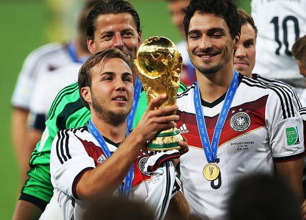 Siêu phẩm của Quang Hải khiến fan bóng đá liên tưởng đến bàn thắng mang về cúp vàng World Cup 2014 cho tuyển Đức - Ảnh 5.