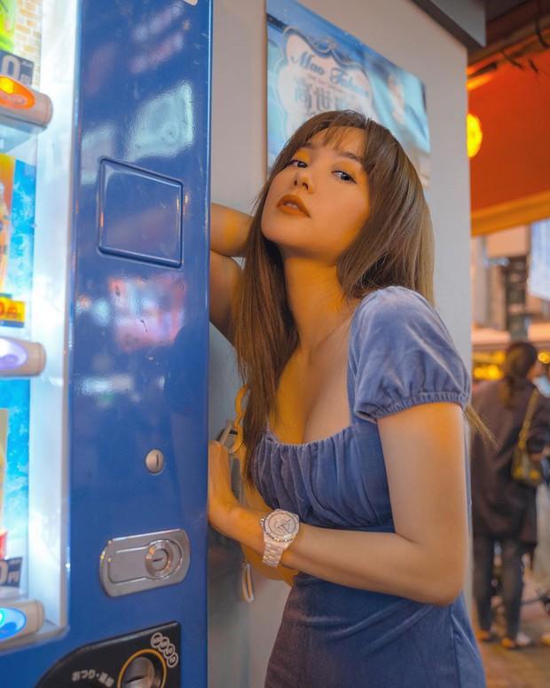 Cả Minh Hằng và Chi Pu đều check-in ở khu phố ăn chơi bậc nhất của Nhật Bản trong cùng 1 ngày, nơi đó có gì mà hot thế? - Ảnh 13.