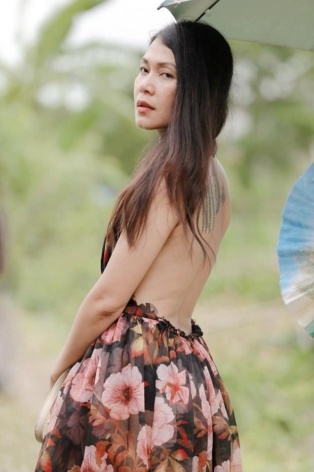 """Nhan sắc và body dàn sao nữ Thất Sơn Tâm Linh: Sexy """"bức thở"""", Hoàng Yến lột xác, Đinh Y Nhung U40 vẫn dư sức chặt chém đàn em! - Ảnh 8."""