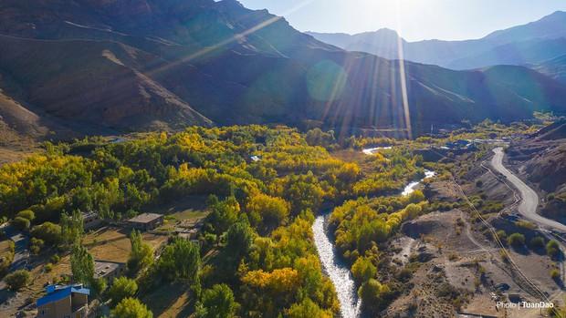 """Đã mắt với bộ ảnh du lịch Ladakh - """"Tiểu Tây Tạng"""" của Ấn Độ, nơi không dành cho những kẻ yếu tim và sợ độ cao - Ảnh 1."""