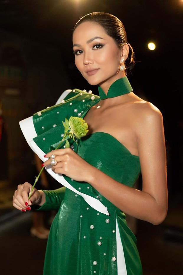 HHen Niê liên tục chia sẻ status tâm trạng giữa thời điểm về quê, ngừng đồng hành cùng Hoa hậu Hoàn vũ: Lại có biến gì? - Ảnh 6.
