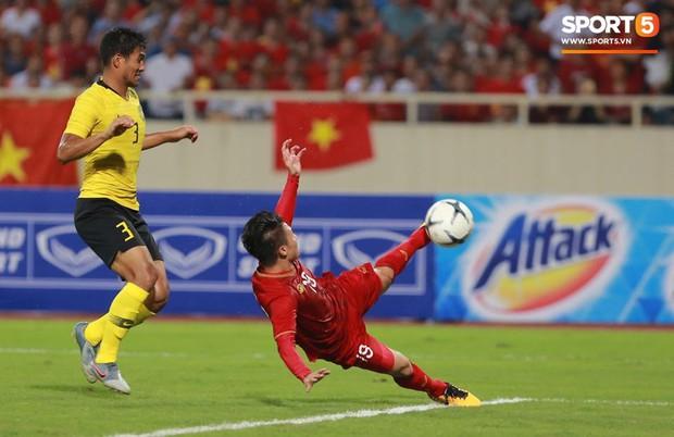 Siêu phẩm của Quang Hải khiến fan bóng đá liên tưởng đến bàn thắng mang về cúp vàng World Cup 2014 cho tuyển Đức - Ảnh 6.