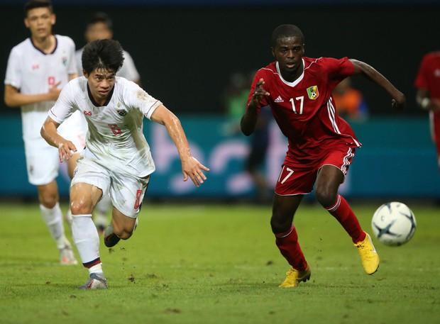 Bóng đá châu Á tối 10/10: Các đội mạnh chiến thắng với tỷ số kinh hoàng, Thái Lan tiu nghỉu vì bị đối thủ yếu hơn cầm hòa ngay trên sân nhà - Ảnh 1.