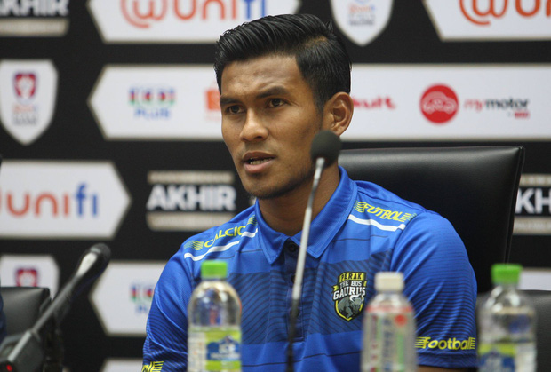 Info cầu thủ có biểu cảm đang đi làm nail thì bắt đá bóng, quỷ sứ à nổi nhất MXH sau trận Việt Nam - Malaysia - Ảnh 4.
