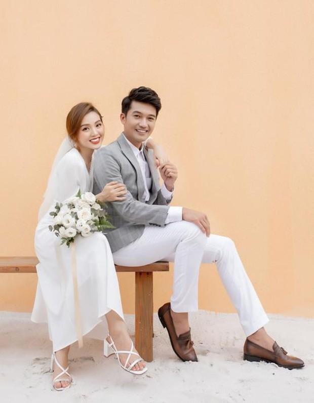 Thầy Huỳnh của Thất Sơn tâm linh hạnh phúc thông báo bà xã mang thai con đầu lòng sau 3 năm đám cưới - Ảnh 4.