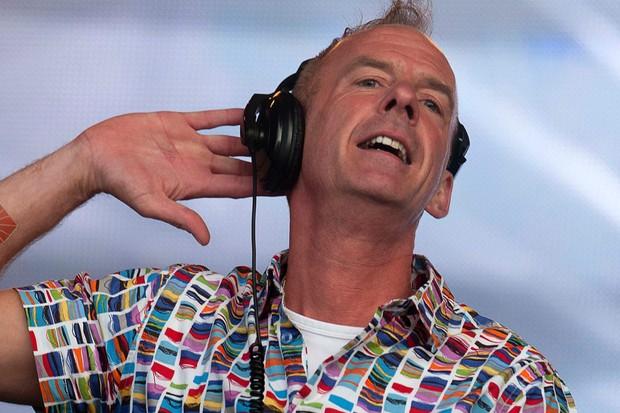 DJ nổi tiếng nước Anh phối lại bài phát biểu của Greta Thunberg trong ca khúc hit một thời khiến dân mạng rầm rộ chia sẻ - Ảnh 3.