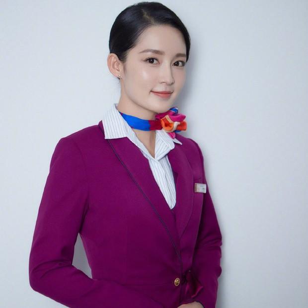 Cơ Trưởng Trung Quốc - Nơi tình yêu bách hợp của Lý Thấm và Trương Thiên Ái bắt đầu! - Ảnh 2.