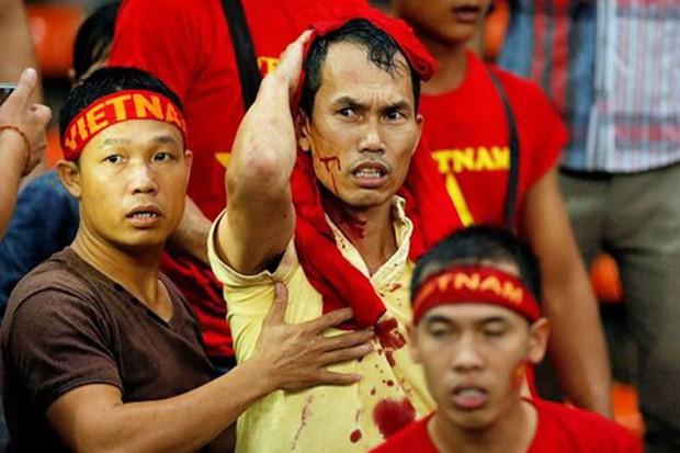Đá ở chảo lửa Mỹ Đình, nhưng CĐV Việt Nam cần cảnh giác với những vị khách lạ đến từ Malaysia - Ảnh 2.