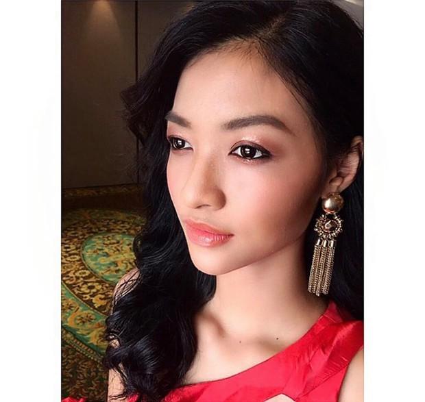 Các fan kêu trời khi Kiều Loan bị chuyên gia của Miss Grand International trang điểm dìm hàng vì quá nhợt nhạt - Ảnh 1.
