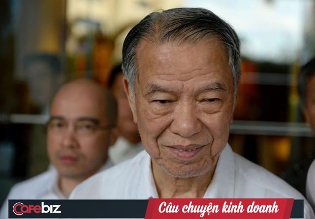 Tỷ phú Lucio Tan: Từ anh gác cổng, cậu lau sàn, đến ông trùm thuốc lá, tỷ phú bất động sản, hàng không - Ảnh 1.
