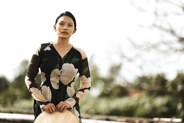Sự nghiệp diễn xuất của dàn sao Thất Sơn Tâm Linh: Từ nữ hoàng cảnh nóng đến ngọc nữ nhí của màn ảnh Việt - Ảnh 14.