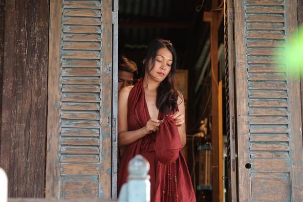 Sự nghiệp diễn xuất của dàn sao Thất Sơn Tâm Linh: Từ nữ hoàng cảnh nóng đến ngọc nữ nhí của màn ảnh Việt - Ảnh 10.