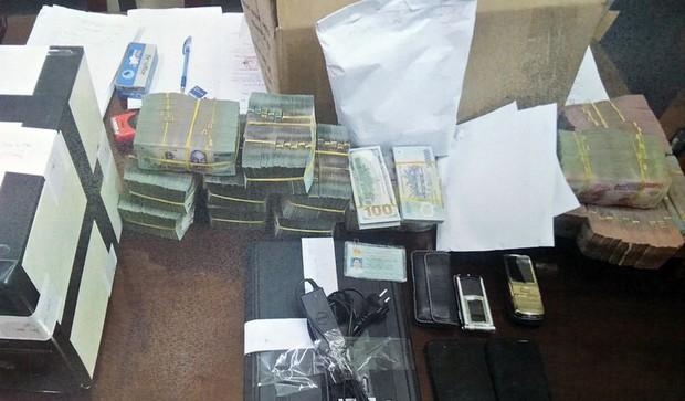 Cảnh sát hình sự triệt phá đường dây đánh bạc lên đến 10 nghìn tỷ đồng - Ảnh 1.
