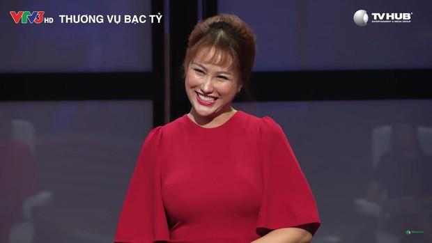 Nữ hoàng dao kéo Phi Thanh Vân: Mỗi lần lên show là một lần gây náo loạn - Ảnh 10.