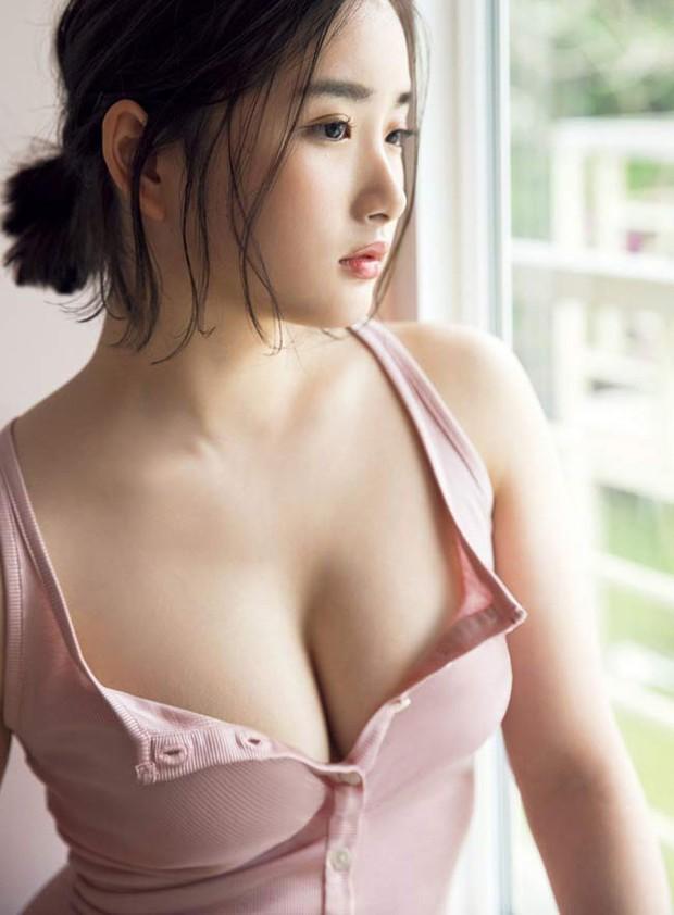 Nhan sắc nóng bỏng của hai mỹ nhân có vẻ đẹp gợi cảm bậc nhất Nhật Bản - Ảnh 11.