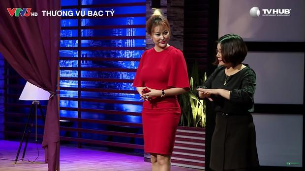 Nữ hoàng dao kéo Phi Thanh Vân: Mỗi lần lên show là một lần gây náo loạn - Ảnh 11.