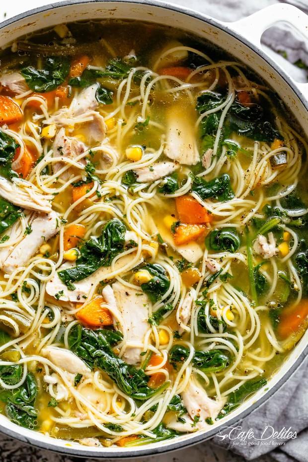 Thử đoán xem trong các phiên bản dưới đây, đâu mới đúng chuẩn là Chicken Noodle Soup của J-hope (BTS) - Ảnh 3.
