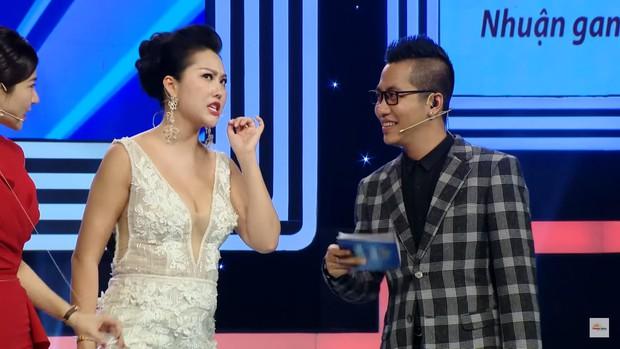 Nữ hoàng dao kéo Phi Thanh Vân: Mỗi lần lên show là một lần gây náo loạn - Ảnh 8.