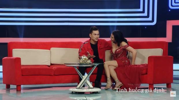 Nữ hoàng dao kéo Phi Thanh Vân: Mỗi lần lên show là một lần gây náo loạn - Ảnh 9.