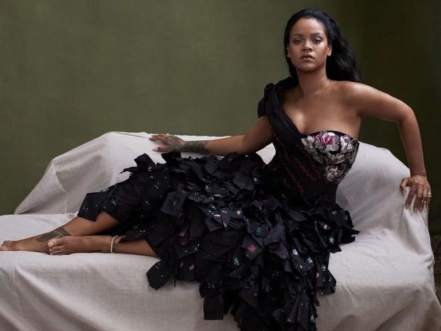 """Không chỉ """"ngâm giấm"""" nhạc mới, Rihanna cũng chẳng thiết tha diễn Super Bowl, nguyên nhân vì sao? - Ảnh 3."""
