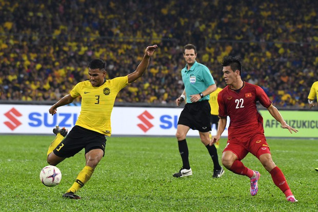 Info cầu thủ có biểu cảm đang đi làm nail thì bắt đá bóng, quỷ sứ à nổi nhất MXH sau trận Việt Nam - Malaysia - Ảnh 5.