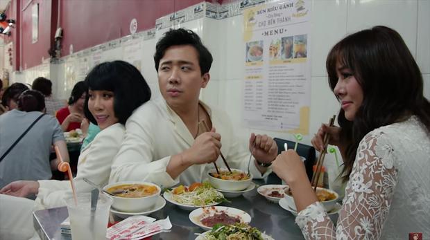 Là MC có thu nhập khủng nhất nhì Việt Nam nhưng Trấn Thành ăn uống lại cực giản dị, toàn rủ bạn bè đi ăn đồ vỉa hè bình dân - Ảnh 3.