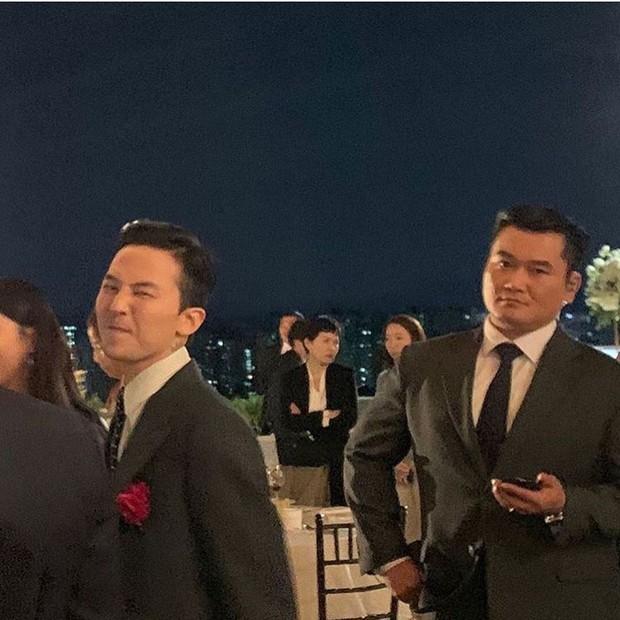 Đám cưới chị gái G-Dragon và tài tử Hàn: Trưởng nhóm Big Bang bảnh hết cỡ, thái độ quay ngoắt 180 độ bên cô dâu chú rể - Ảnh 8.