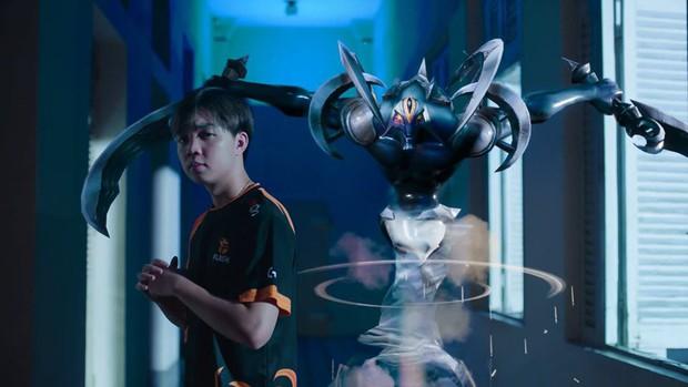 Ngôi vương Đấu Trường Danh Vọng mùa Đông 2019: Team Flash phải tự gọi tên mình! - Ảnh 5.