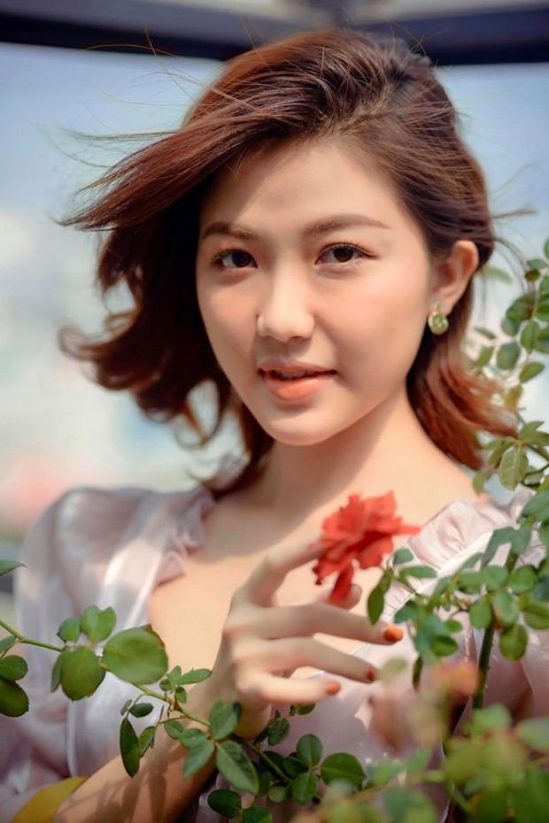 Khác xa với Tuesday đểu giả trong phim, Lương Thanh Hoa hồng trên ngực trái bỗng hóa công chúa đầy ngọt ngào trong bộ ảnh mới - Ảnh 2.