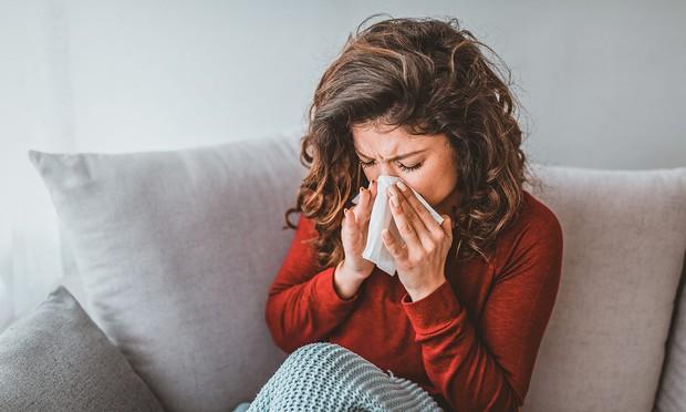 Chỉ với 10 bước đơn giản, bạn có thể khỏi ngay cảm cúm chỉ trong 24 giờ - Ảnh 1.