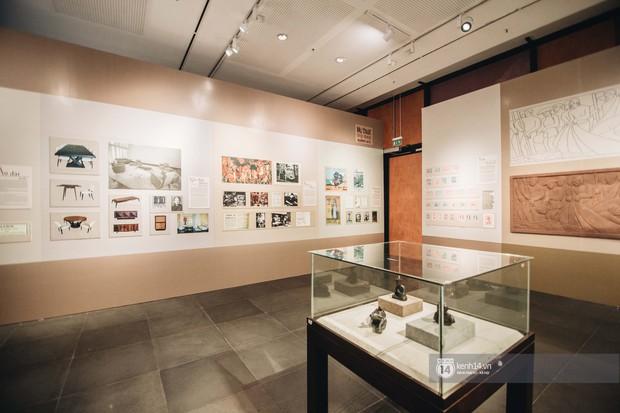 Triển lãm tranh Bùi Xuân Phái với Hà Nội lần đầu tiên được áp dụng công nghệ 3D: Nghệ thuật không chỉ để ngắm mà còn để cảm nhận! - Ảnh 8.