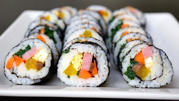 Đố bạn biết sushi và kimbap có gì khác nhau: Ngoài xuất xứ từ 2 quốc gia, điểm đặc trưng này mới là quyết định! - Ảnh 7.