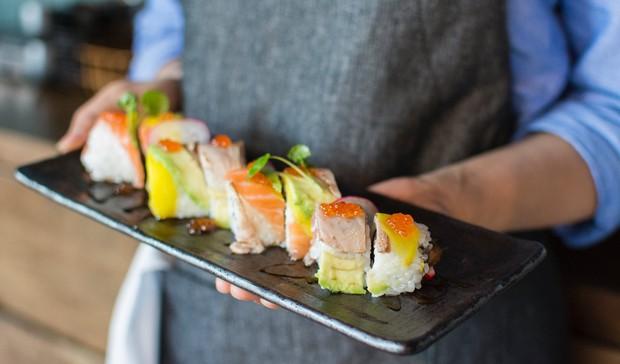Đố bạn biết sushi và kimbap có gì khác nhau: Ngoài xuất xứ từ 2 quốc gia, điểm đặc trưng này mới là quyết định! - Ảnh 12.
