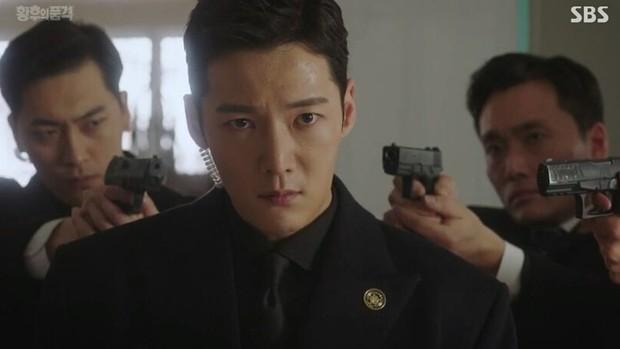 Cận vệ Choi Jin Hyuk tiếp tục bị hành thừa sống thiếu chết, hoàn kiếp báo thù trong phim mới của OCN - Ảnh 3.
