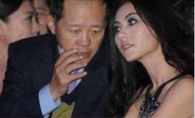 Ngã ngửa sự thật về tin đồn Trương Bá Chi được đại gia cầu hôn với nhẫn 1.700 tỷ, Tạ Đình Phong nổi điên phá đám - Ảnh 3.