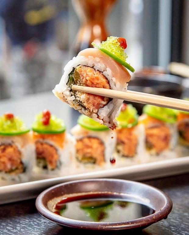 Đố bạn biết sushi và kimbap có gì khác nhau: Ngoài xuất xứ từ 2 quốc gia, điểm đặc trưng này mới là quyết định! - Ảnh 11.