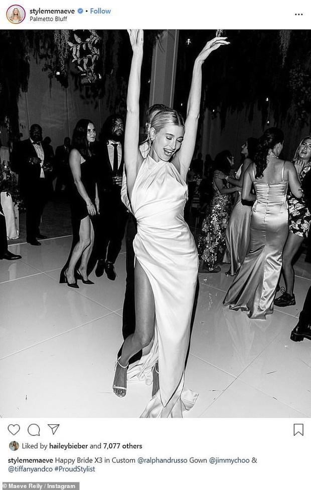 Stylist tiết lộ loạt ảnh thần sầu của Hailey trong đám cưới bạc tỷ với Justin, dân tình chỉ chú ý 1 chi tiết ở đôi chân - Ảnh 2.