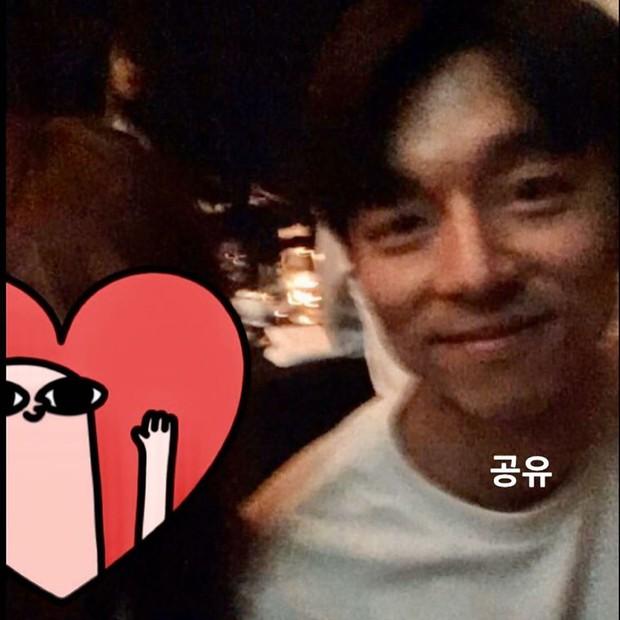 Đám cưới HLV gây bão: Cặp thần chết Lee Dong Wook - Gong Yoo bắm tim tung tóe, chiếm trọn spotlight vì đẹp bất chấp - Ảnh 4.