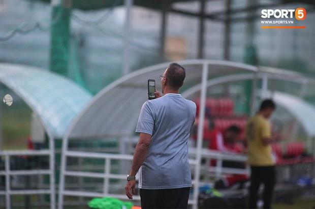 Đến TP.HCM, U22 UAE do thám và ghi hình buổi tập U22 Việt Nam - Ảnh 4.