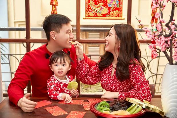 3 nhóc tì của 3 gia đình hot nhất MXH hiện nay: Cam được dạy làm việc nhà từ bé, Đậu bắn Tiếng Anh rất siêu, Xoài ngày càng ngoan và đáng yêu - Ảnh 6.