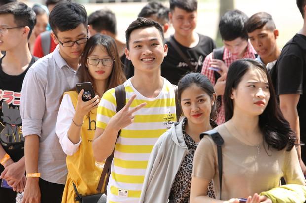 Chẳng kém gì bóng đá, ngày Chung kết giải Esports lớn nhất Việt Nam cũng quy tụ đủ đầy dàn gái xinh! - Ảnh 11.
