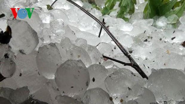 Không khí lạnh tràn về gây mưa lớn có khả năng xuất hiện mưa đá - Ảnh 1.